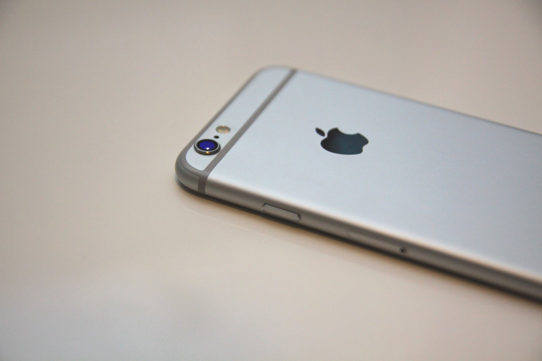 apple apple device cellphone device
